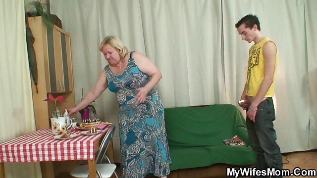 ابن العاهرة يجلس, عبودية, وأجبر على مشاهدة زوجته مع رجل آخر يمارس افلام اجنبي سكس مترجم عربي الجنس معها الانتقام منه لسخيف له الحياة مثل هذا